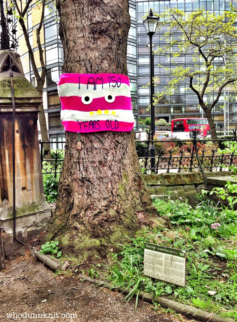 London tree week yarnbomb old tree face 2