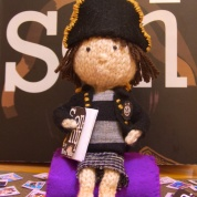 Introducing Little knitted Nel (and how you can win her!)