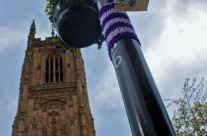 Knitblast the Fourth: Holy knitted lamppost cosy, Batman