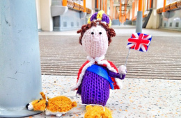 Little knitted Queen&#8217;s Jubilee jolly