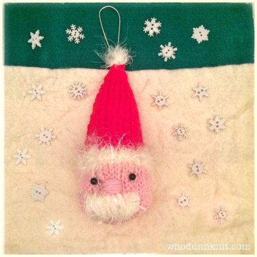 Squishy knitted Santa knitting pattern