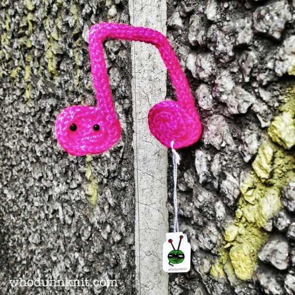 knitted musical note